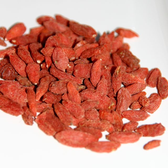 The Health Benefits Of Goji Berries The Healthy Eating Site